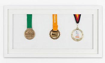 Ramy na medale