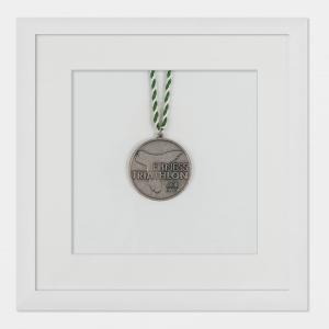 Rama na medale 20x20 cm, biała