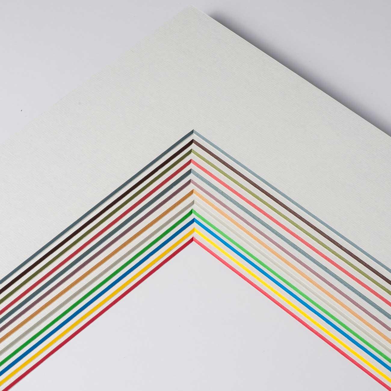 1,7 mm ColorCore passe-partout z wycięciem na wymiar