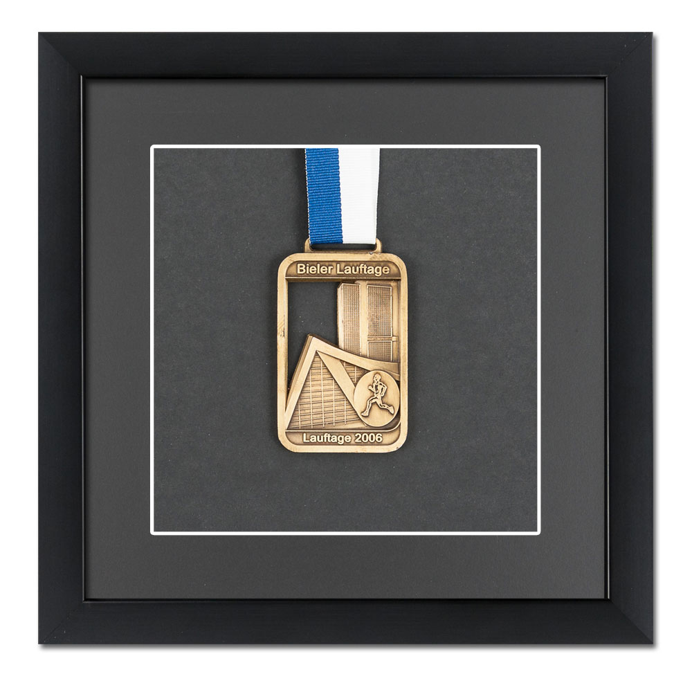 Rama na medale 20x20 cm, czarna