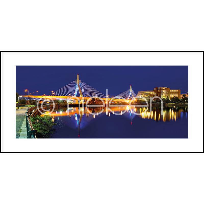 """Obramowany obraz """"Bridge at Night"""" z ramą aluminiową C2"""