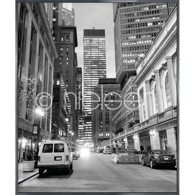 """Obramowany obraz """"New York Downtown"""" z ramą aluminiową Alpha"""