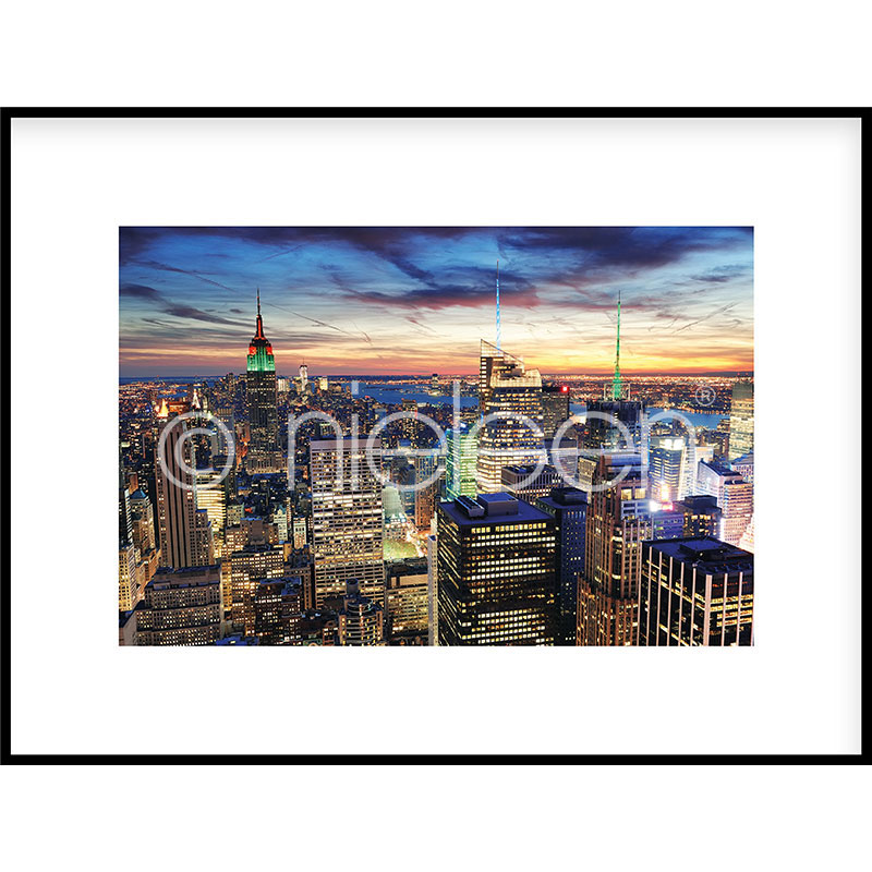 """Obramowany obraz """"Skyline at Night"""" z ramą aluminiową C2"""
