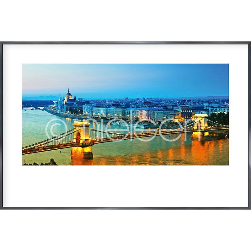 """Obramowany obraz """"Budapest"""" z ramą aluminiową Alpha"""