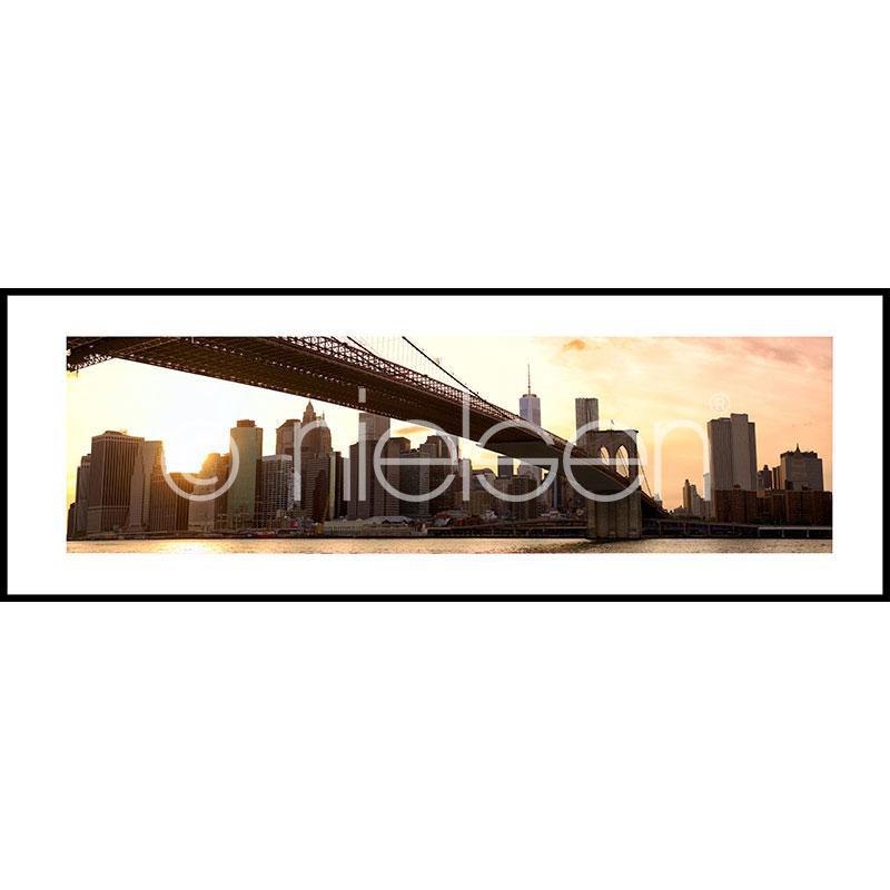 "Obramowany obraz ""Brooklyn Bridge Sunset"" z ramą aluminiową C2"